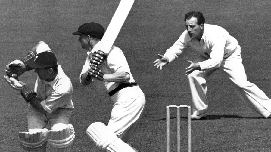 Don Bradman plays the cut