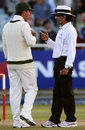 Ricky Ponting exchanges words with Asad Rauf