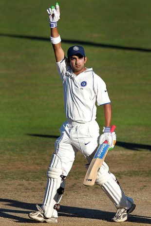 Gautam Gambhir celebrates his century, New Zealand v India, 2nd Test, Napier, 4th day, March 29, 2009