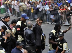 Shah Rukh Khan, Chris Gayle and other Kolkata Knight Riders during a parade through the streets of Cape Town, Indian Premier League, April 16, 2009