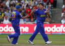 Tyron Henderson celebrates his first IPL victim, Bangalore Royal Challenger v Rajasthan Royals IPL, 2nd game, Cape Town, April 18, 2009