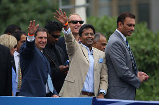 Lalit Modi and Ravi Shastri wave to members of the public during a parade through the streets of Cape Town, Indian Premier League, April 16, 2009