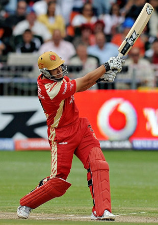 Ross Taylor slogs, Bangalore Royal Challengers v  Delhi Daredevils, IPL, Port Elizabeth, April 26, 2009