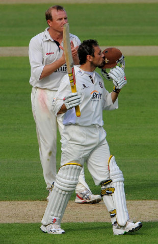 Mark Ramprakash completes yet another hundred, Surrey v Middlesex, The Oval, May 6, 2009
