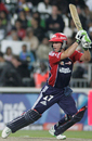 AB de Villiers goes on the offensive, Delhi Daredevils v Kolkata Knight Riders, IPL, 39th match, Johannesburg, May 10, 2009