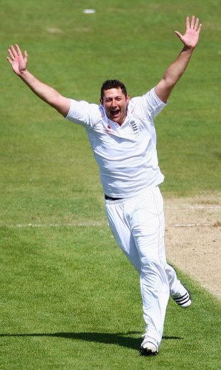 Tim Bresnan celebrates his first Test wicket, England v West Indies, 2nd Test, Chester-le-Street, 5th day, May 18, 2009