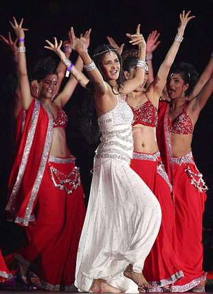 Bollywood actress Katrina Kaif dances at the closing ceremony, Royal Challengers Bangalore v Deccan Chargers, IPL, final, Johannesburg, May 24, 2009