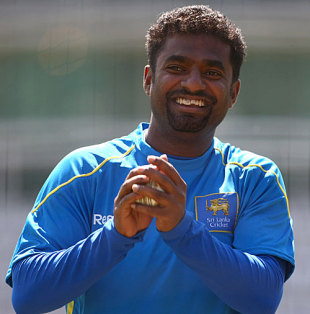 Muttiah Muralitharan enjoys his nets session, Lord's, May 30, 2009