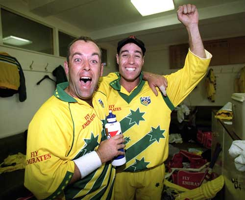 Michael Bevan celebrate Australia's win in the final, World Cup 1999,