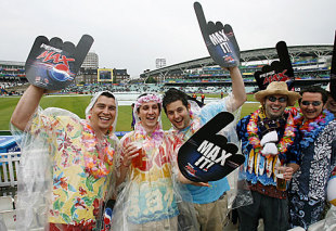 Fans liven up a gloomy morning, New Zealand v Scotland, ICC World Twenty20, The Oval, June 6, 2009