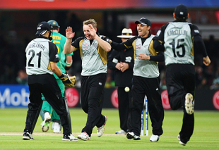 Scott Styris celebrates after accounting for Herschelle Gibbs, New Zealand v South Africa, ICC World Twenty20, Lord's, June 9, 2009