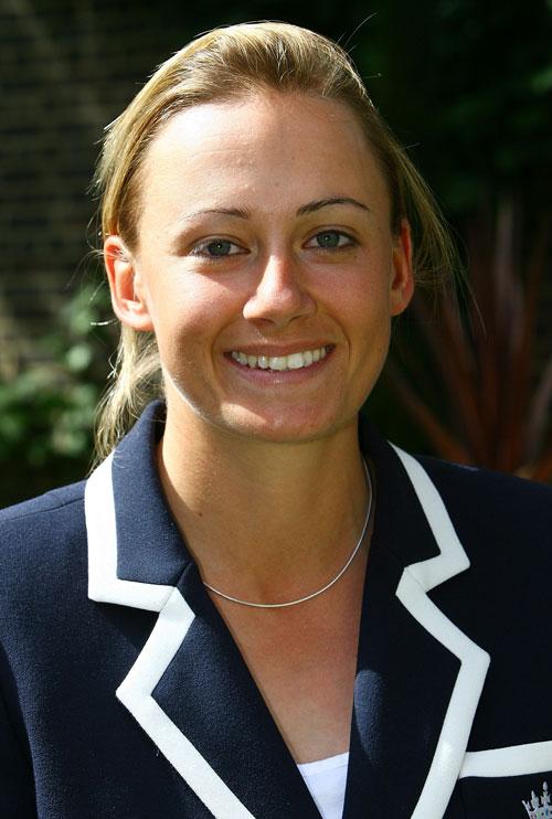 Laura Marsh Net Worth
