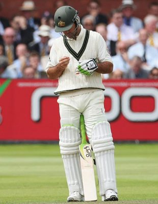 Ricky Ponting examines his wrist after getting hit by James Anderson, England v Australia, 2nd Test, Lord's, 4th day, July 19, 2009