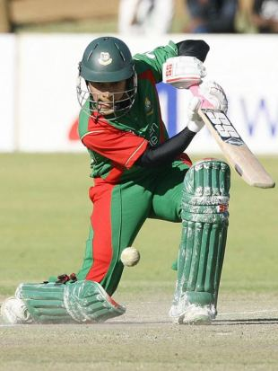 A classy front-foot drive from Mushfiqur Rahim, Zimbabwe v Bangladesh, 5th ODI, Bulawayo, August 18, 2009