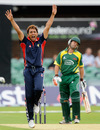 Azhar Mahmood appeals successfully to claim the wicket of James Benning, Leicestershire v Kent, Pro40, Division Two, Grace Road, August 18, 2009