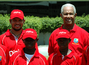 Ramnaresh Sarwan and Sir Garry Sobers with participants at a Digicel Cricket Clinic, Barbados, September 7, 2009