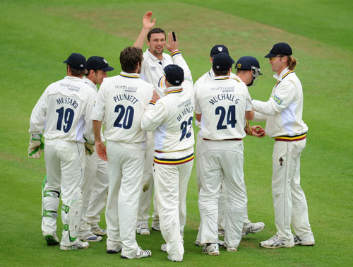 Steve Harmison is congratulated by his team-mates