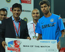 Ashish Nehra was the Man of the Match for his 3 for 24, India v New Zealand, 2nd match, Compaq Cup, Colombo, September 11, 2009
