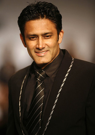 Anil Kumble makes a special appearance at the Van Heusen Fashion Week, New Delhi, September 12, 2009