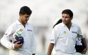 India v Zimbabwe, 2nd Test match, Day Two, Feroz Shah Kotla, Delhi, 28 Feb-4 March 2002