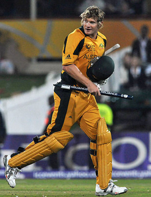 A chuffed Shane Watson gets a souvenir, Australia v New Zealand, Champions Trophy final, Centurion, October 5, 2009