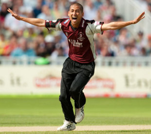 Alfonso Thomas celebrates a wicket, Somerset v Kent, semi-final, Twenty20 Cup, Edgbaston, Birmingham, August 15, 2009