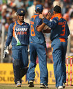 Harbhajan Singh gets the congratulations after dismissing Ricky Ponting