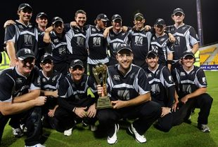Cricinfo photo of the celebrating Black Caps team