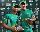 JP Duminy with his Man-of-the-Match award and Graeme Smith with the series trophy, South Africa v Zimbabwe, 2nd ODI, Centurion, November 10, 2009
