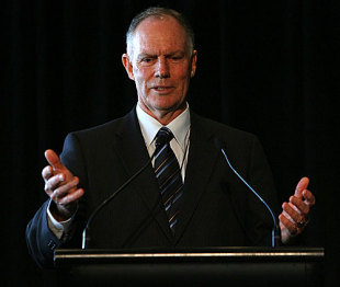 Greg Chappell speaks at the 7th Annual Sir Donald Bradman Oration, Melbourne, November 19, 2009