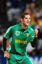 Wayne Parnell marked his return with a career-best 5 for 48, 3rd ODI, Cape Town, November 27, 2009