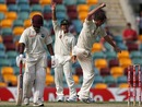 Nathan Hauritz celebrates Brendan Nash's wicket, Australia v West Indies, 1st Test, Brisbane, 3rd day, November 28, 2009