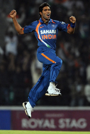 Ashok Dinda struck in his first over, India v Sri Lanka, 1st Twenty20, Nagpur, December 9, 2009