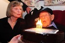 Eric Tindill, the oldest Test cricketer, celebrates his 99th birthday, Wellington, December 18, 2009