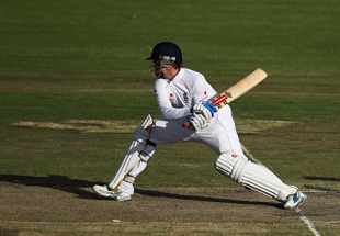 Graeme Swann unfurled a couple of switch-hits in his innings that included 10 fours and two sixes, South Africa v England, 1st Test, Centurion, December 18, 2009