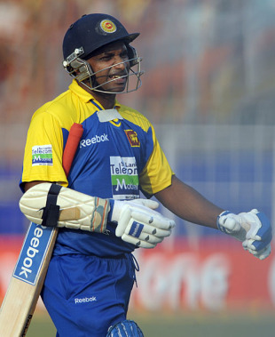 Sanath Jayasuriya managed just 15, India v Sri Lanka, 4th ODI, Kolkata, December 24, 2009