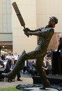 A sculpture of Stan McCabe is unveiled at the SCG, January 5, 2010