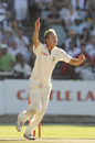 Paul Harris appeals for Stuart Broad's wicket