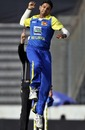 Jayawardene and Tharanga script thumping win