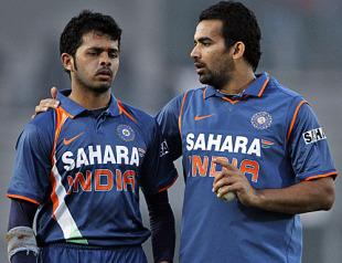 India dominate Sri Lanka on way to final 112521.2