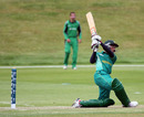 Dominic Hendricks hits out during his 47, Ireland Under-19s v South Africa Under-19s, 3rd Match, Group B, ICC Under-19 World Cup, Queenstown, January 15, 2010