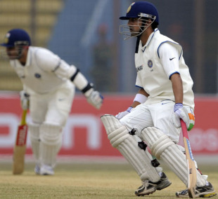 Virender Sehwag and Gautam Gambhir run between the wickets,  Bangladesh v India, 1st Test, Chittagong, 1st day, January 17, 2010