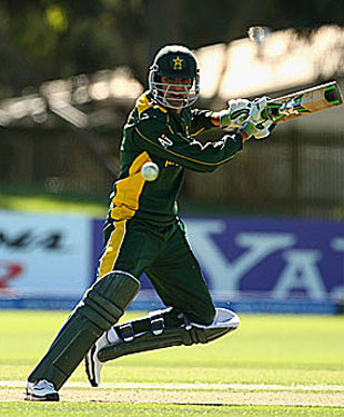 Hammad Azam essays a cut, Pakistan v West Indies, ICC Under-19 World Cup, semi-final, Lincoln, January 25, 2010