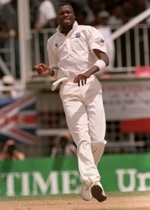 Curtly Ambrose: 7 for 1 in 32 balls