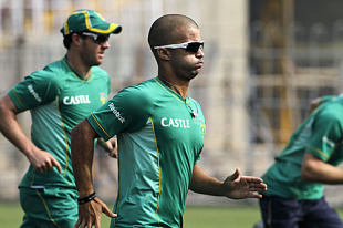 JP Duminy goes for a jog, Kolkata, February 12, 2010