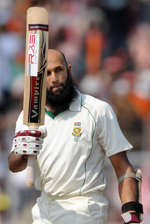 Hashim Amla brings up his second century of the match, India v South Africa, 2nd Test, Kolkata, 5th day, February 18, 2010
