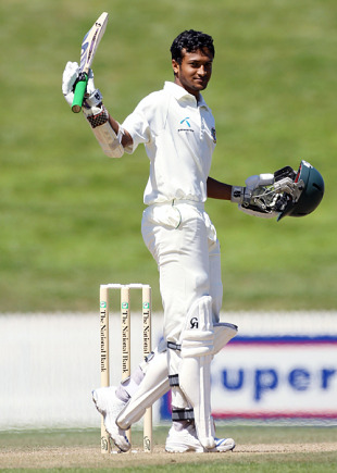 Shakib Al Hasan raises three figures for the first time, New Zealand v Bangladesh, only Test, Hamilton, 5th day, February 19, 2010
