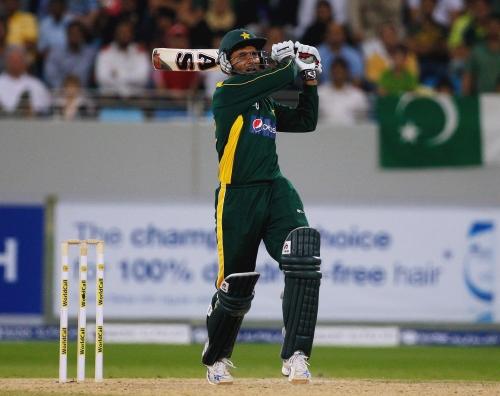 Razzaq magic seals Pakistan win 114492