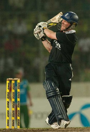 Eoin Morgan finished the match with a six over deep square-leg, Bangladesh v England, 2nd ODI, Dhaka, March 2, 2010