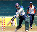 Mahela Jayawardena goes big